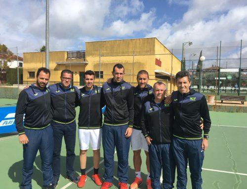 El equipo absoluto de veteranos +35 se mantiene en 1ª Categoría Nacional tras vencer al Bernier de Sevilla