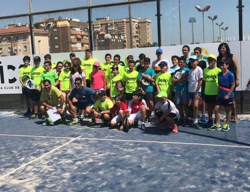 Jornada de convivencia entre las escuelas de pádel de El Palmar, Club Pádel Nuestro y MCT1919