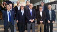 Miguel Díaz, presidente de la RFET, junto a Antonio Saura, presidente del MCT 1919, José Alcolea, presidente de la FTRM, y el resto de miembros de la junta directiva del MCT 1919.