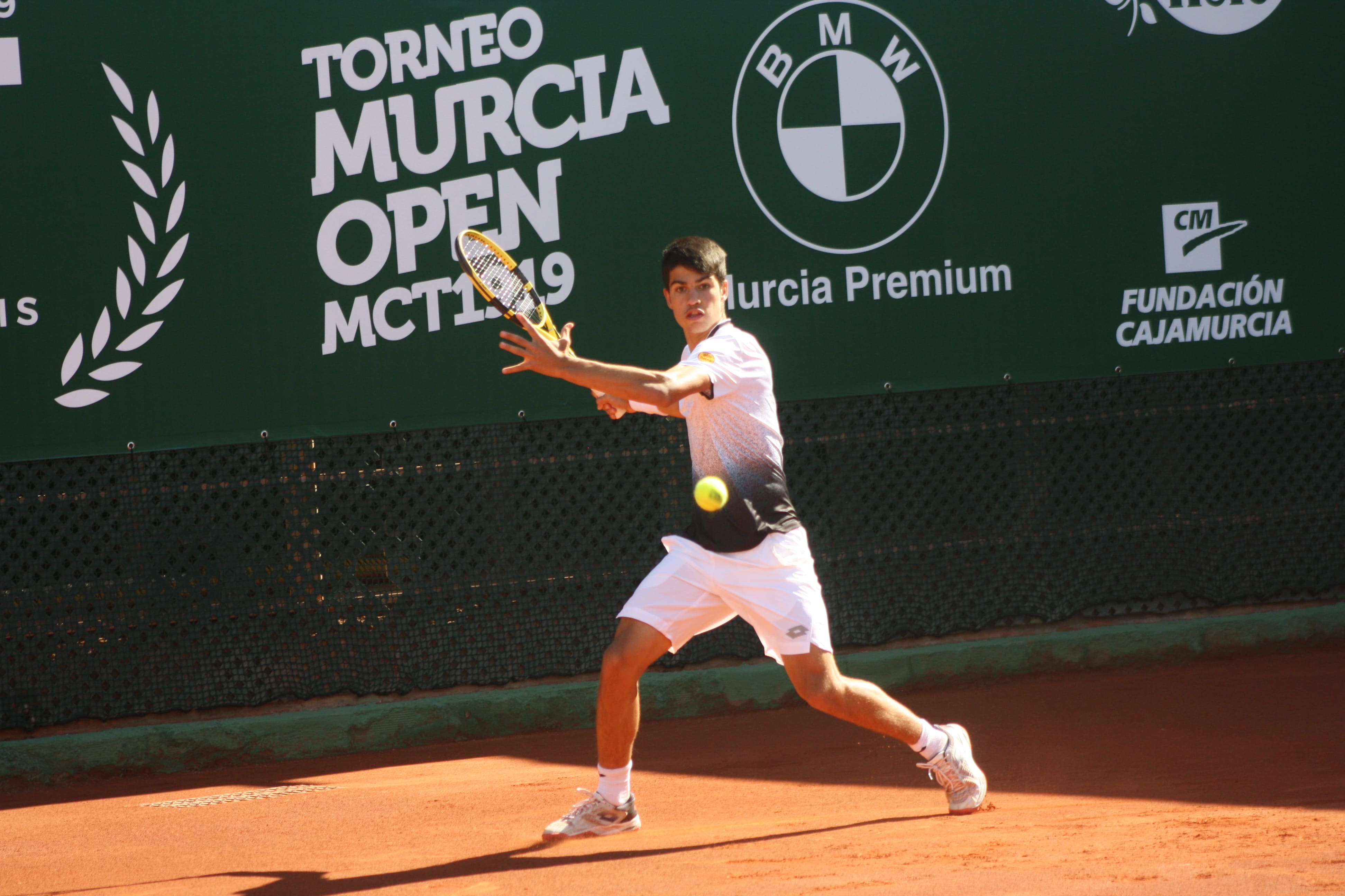 Carlos Alcaraz fue una de las grandes sensaciones en el I Murcia Open MCT 1919 (Foto: Andrés Molina).