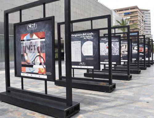 Una exposición fotográfica recoge los cien años de historia del Murcia Club de Tenis y el origen de este deporte en la ciudad