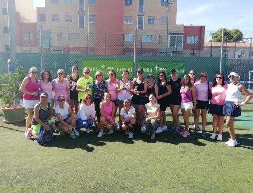 VII Torneo de Pádel con motivo del Día Mundial del Cáncer de Mama y a beneficio de AECC Murcia.
