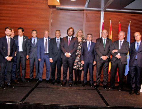 El Real Murcia Club de Tenis 1919 pone el broche de oro a su centenario con un homenaje a expresidentes, jugadores y socios