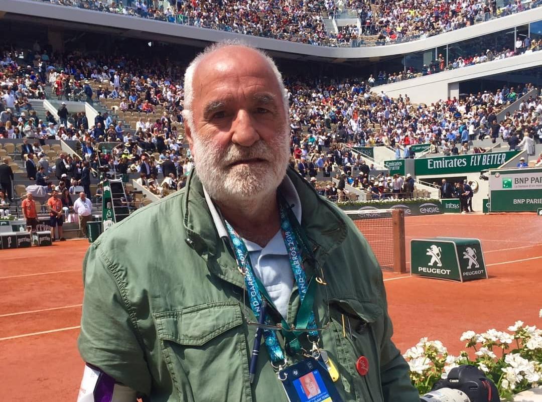 Miguel Ángel Zubiarraín, sobre la pista de Roland Garros